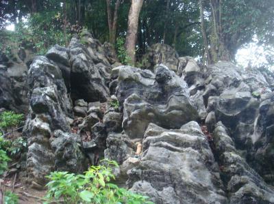 32番 奇岩
